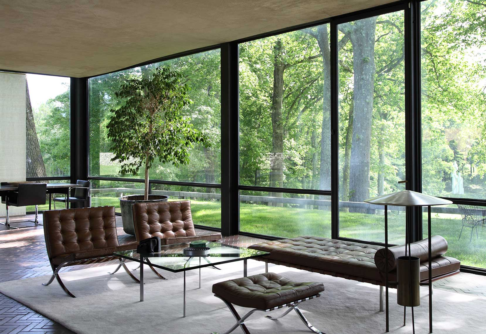80-Glass-House-LR-2